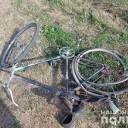 В Тернопільському р-ні під колесами опинився велосипедист